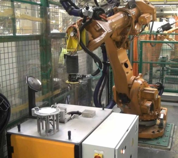 Sanding-robot-automatic-disc-change | GEBE2